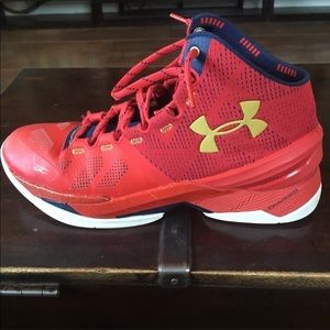 Under Armour Curry 2, size 10.5. Mint condition
